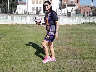 Football mother (part 1)